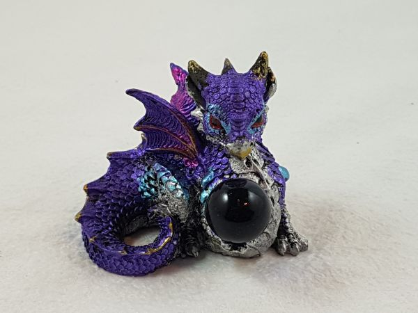 Baby-Drache mit Kristall lila